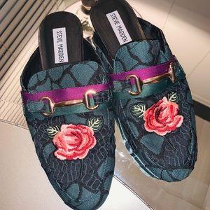 Steve Madden shoes slip ons for women